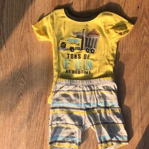Carter's boys 2 piece pj set size 4T